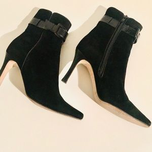 Jimmy Choo ankle booties black suede sz 36 1/2 B4